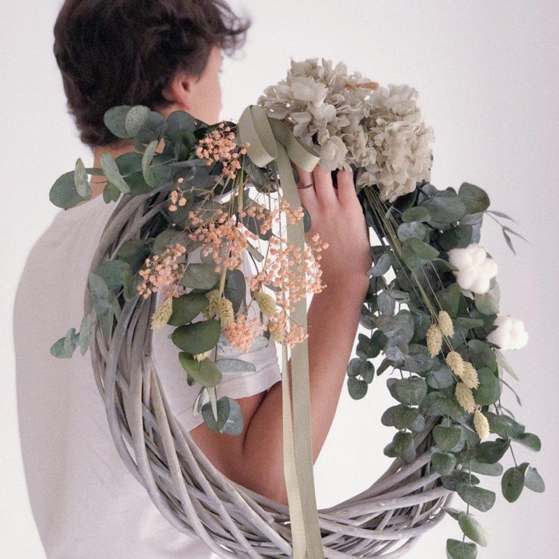 Corona trenzada Valentina flores preservadas simply flowers